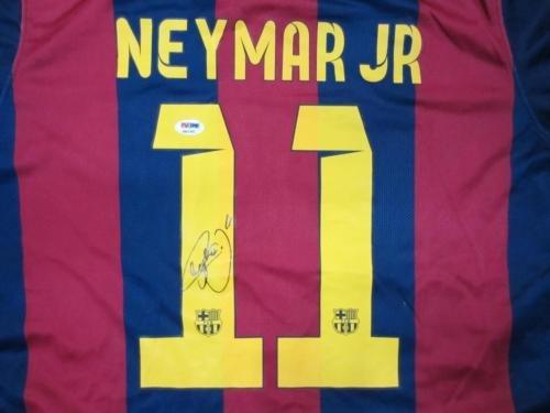 Neymar-Signed-Soccer-Authentic-Auto-Jersey-PSADNA-Itp-Loa-6A21901