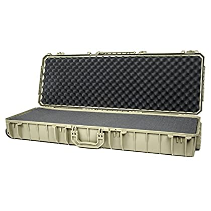 0ce93f4c14f Seahorse SE1530 Protective Tactical Case with Foam and Metal Locks (Desert  Tan)
