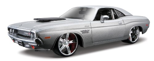 Maisto As 1970 Dodge Challenger R/T Coupe