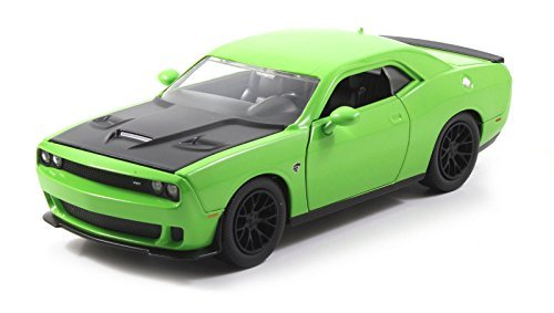 2015 Dodge Challenger SRT Hellcat Green 1/24 by Jada 97854 (Dodge Challenger Srt Diecast compare prices)