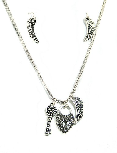 Angle Wings Heart Lock & Key Silver Tone 18