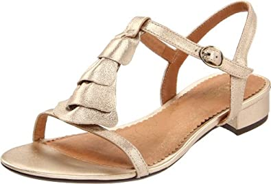 Clarks offers great looking shoes for men, and all styles for women including boots, flats, sandals, pumps and heels. Shop Clarks footwear at Schuler Shoes. We apologize but our website is experiencing technical issues with products and purchasing online. Please .