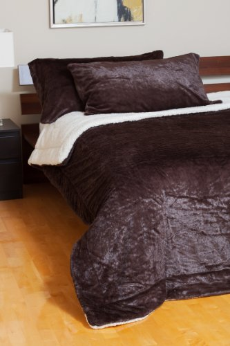 Vegar Enterprises Reversible to Sherpa Ultra Soft Plush Velvet Comforter Set, Queen, Espresso