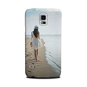 Samsung Galaxy S5 Designer Printed Case & Covers (Samsung Galaxy S5 Back Cover) - Alone Girl Sand Sea