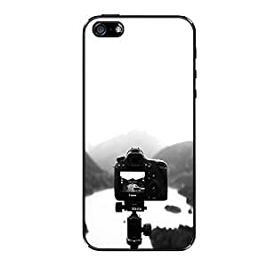 Vibhar printed case back cover for Apple iPhone 5c CameraHillStand