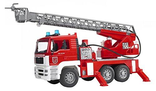 Bruder-02771-MAN-Feuerwehr-mit-Drehleiter-Wasserpumpe-und-Light-Sound-Modul