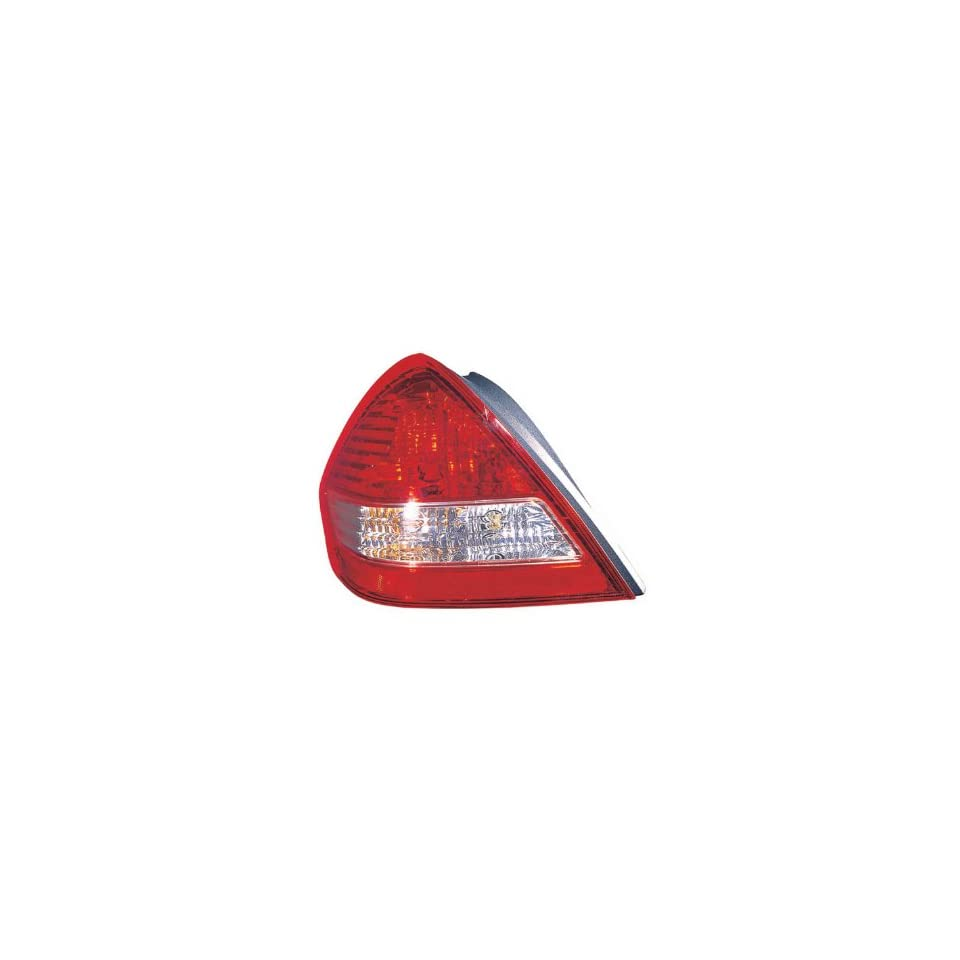 Nissan Versa Driver Side Replacement Tail Light