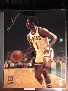 Oscar Robertson PSA DNA Certified Autographed Milwaukee Bucks 16x20 Photo by 12-6+Sportscards+&+Collectibles