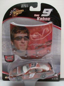Kasey Kahne #9 Go Man Go Go Mango Dodge Charger 1/64 Scale Diecast & Bonus Magnet Hood with Kahne's Replica Photo Image Winners Circle 2005 - 1