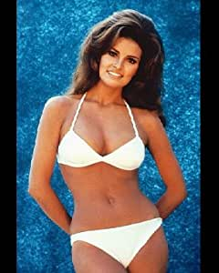 Amazon.com: Raquel Welch 12x16 Color Photograph (Wearing White Bikini