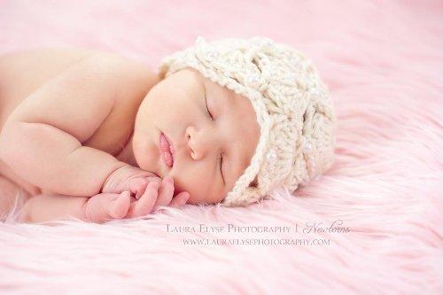 Crochet Newborn Hat Pattern front-1009472