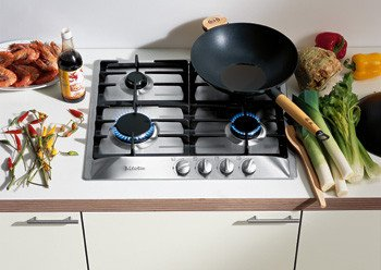 Miele : KM360G 24 Sealed Burner Gas Cooktop  ->  One 3,400 BTU Auxiliary / Simmer Burner Two 6,000