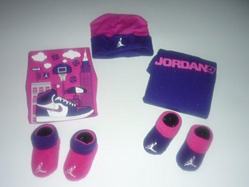 Nike Jordan Jumpman Girls 0-6 Months 5-Piece Infant Set front-1000613