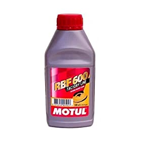 Motul RBF600 DOT 4 Brake Fluid 500 ml (1.05 US pint)
