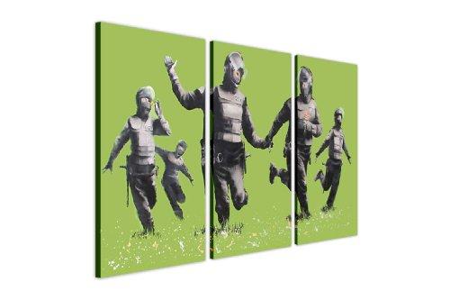 "Stampe su tela Wall Art Banksy immagini Riot Police Running In Verde Campo Casa Graffiti foto 3pezzi, puntine Tela Legno, Green, 2- 3 X 20"" X 10"" (3 X 50CM X 25CM)"