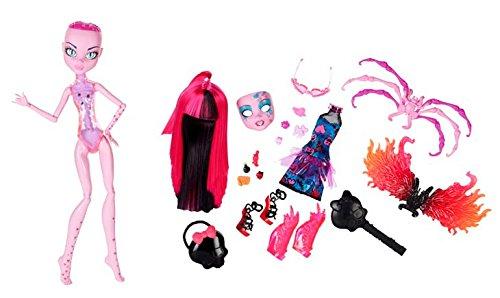 Monster High Inner Monster Fearfully Feisty 'N Fangtastic Love Doll