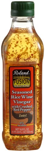Roland Seasoned Rice Wine Vinegar with Crushed Red Pepper, 16.9 Ounce Jars (Pack of 6)