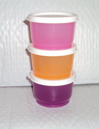 Tupperware Sippy Cups front-1078053