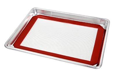 New Star 38422 Commercial 18-Gauge Quarter Size Aluminum Sheet Pan and Silicone Baking Mat Set, 9 by 13-Inch