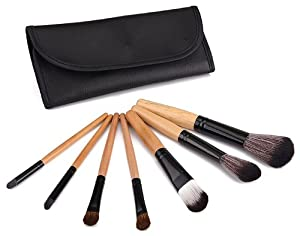 Glow 7 Piece Wooden Handle Professional Makeup Brushes in Black Case