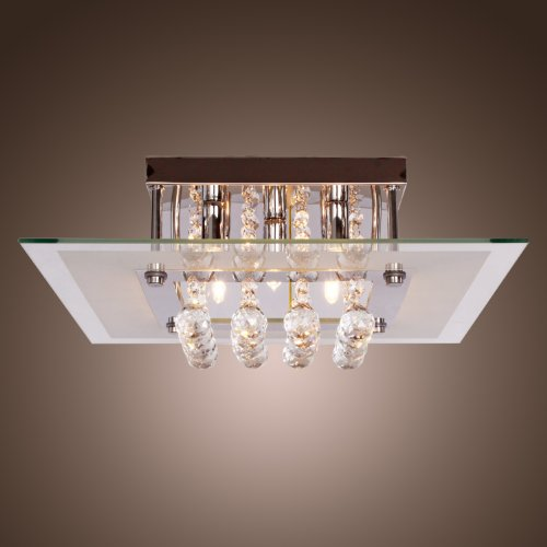 Room With Chandelier front-907641