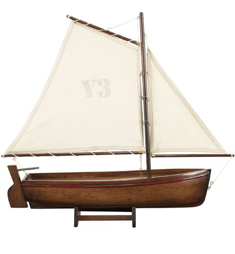 Honey Madeira Y9 Yacht Model