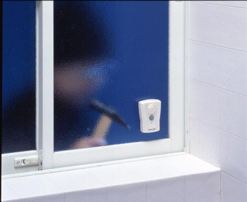 振動させると強力なアラーム音で不審者を威嚇! 防滴仕様なのでお風呂やキッチンの窓に!  スマイルキッズ 風呂場用振動アラーム ABA-202