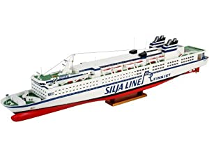 Amazon.com: GTS Finnjet Ocean Liner 1-400 Revell Germany: Toys & Games