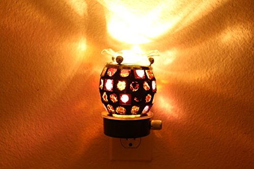 Wall Plug-In Electric Oil Burner/Lamp Plus Free Scented Oil