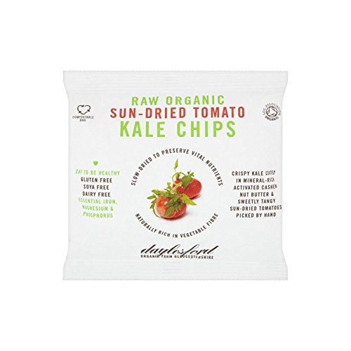 daylesford-raw-organic-sun-dried-tomato-kale-chips-30g-pack-of-2