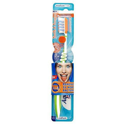 Aquafresh Flex Extreme Clean Tooth & Tongue Toothbrush: Medium