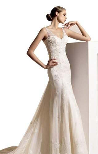 Sexy Sheath/Column V-neck Court Train Wedding Dress With Lace Ivory