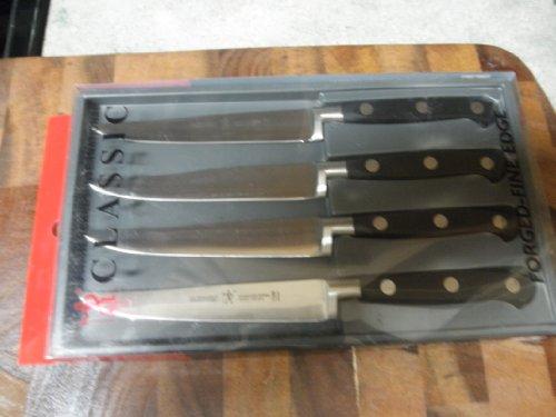 J.A. Henckels International Classic 4 Pc Steak knife set