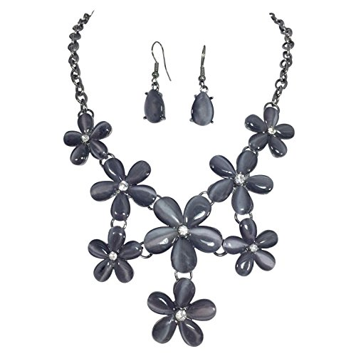 Flowers-Cluster-With-Rhinestones-Boutique-Bib-Bubble-Necklace-Earrings-Set