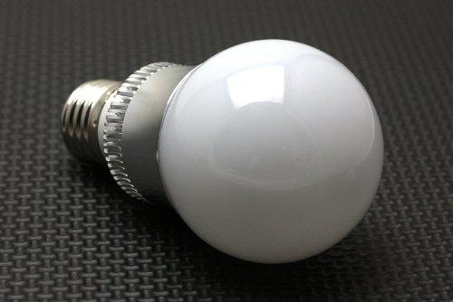 NEW 3W E27 16 Farbwechsel RGB LED Gl¨¹hlampe-Lampe 85-265V + IR-Fernbedienung