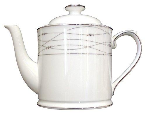 Royal Doulton Precious Platinum 22-Ounce Teapot