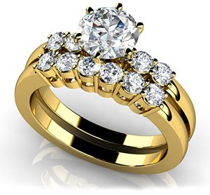 18k Yellow Gold, Five Across Bridal Set, 1.01 ct. (Color: HI, Clarity: SI2)