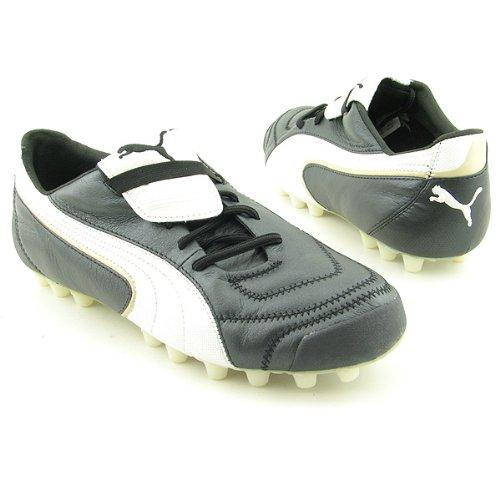 Surichinmoi novato pasillo  Footwear: Puma King Exec I HG