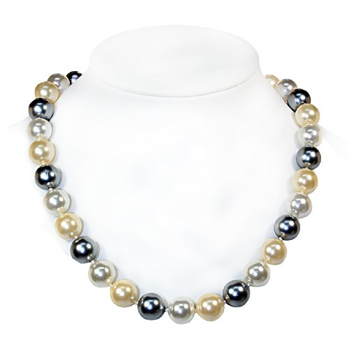 Mother of Pearl Necklace with Magnetic Lock [Jewelry]