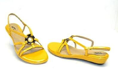Soft Walk Womens Lucia Sandals Yelllow Patent Size 9M New!!!