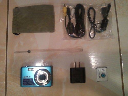Sanyo VPC-E1500TP Digital Camera (Blue)