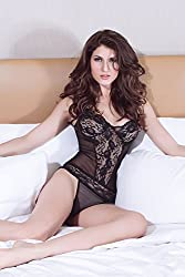 Qurves-Sheer Blanche Babydoll With Robe