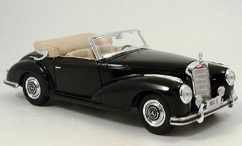 Mercedes 300 S, schwarz, 1955, Modellauto, Fertigmodell, Maisto 1:18