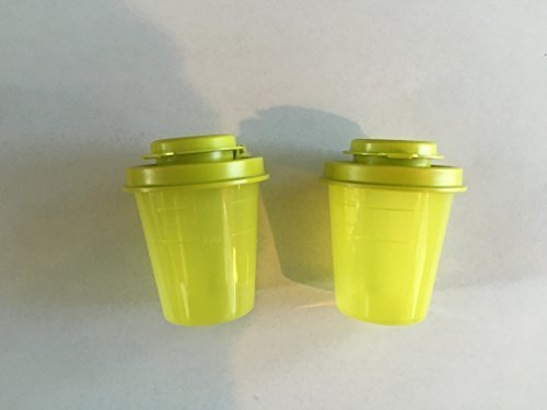 Tupperware Salt and Pepper Shakers Mini Midgets Set in Yellow (Tupperware Salt Pepper compare prices)