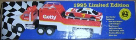 Getty Toy Race Car Carrier 1995 Limited Edition - 1