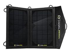 GOAL ZERO ポータブルソーラー発電機 NOMAD 7 スマートフォンも太陽光でソーラー充電 GZ-12301