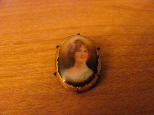 Vintage - Miniature Porcelain Portrait PIN - Jewelry