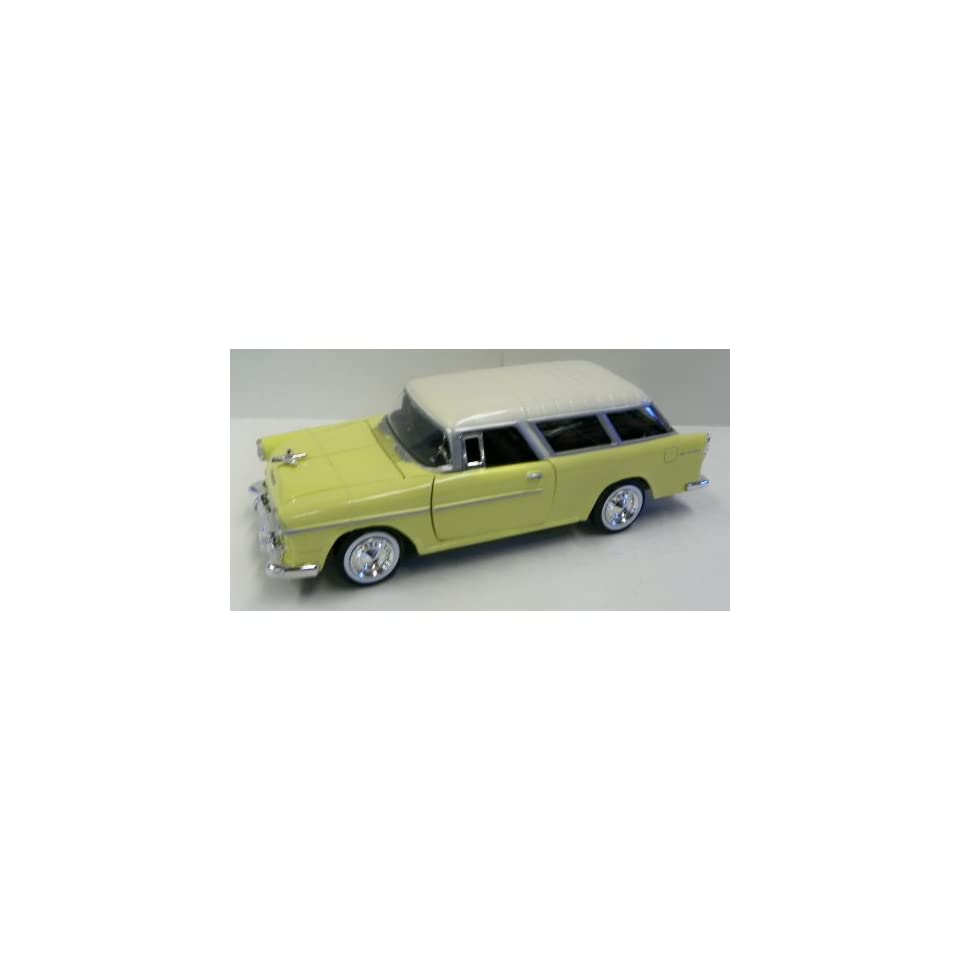 Motormax 1/24 Scale Diecast 1955 Chevy Bel Air Nomad in
