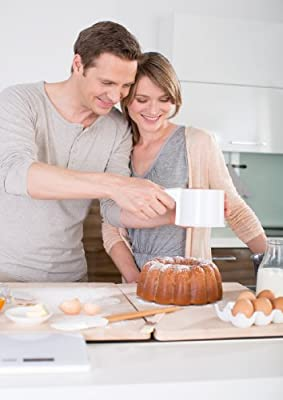 Kaiser Bakeware Patisserie One-Handed Flour Sifter