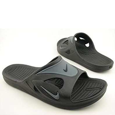 Amazon Com Nike Men S First String Slide Black Flint